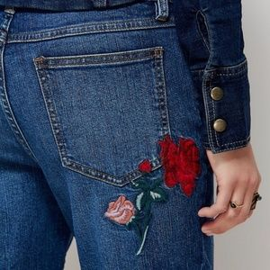 [Free People] Four Season Embroidered Skinny Jeans